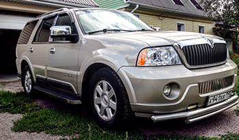 Lincoln Navigator Gold Edition